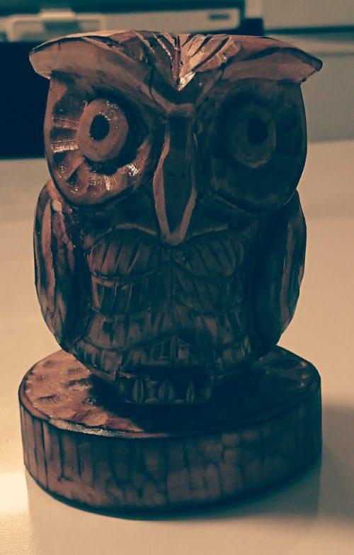 木彫りのフクロウ